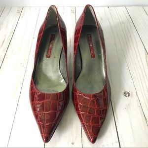 Bandolino Boberry Red Crocodile Kitten Heels 7.5